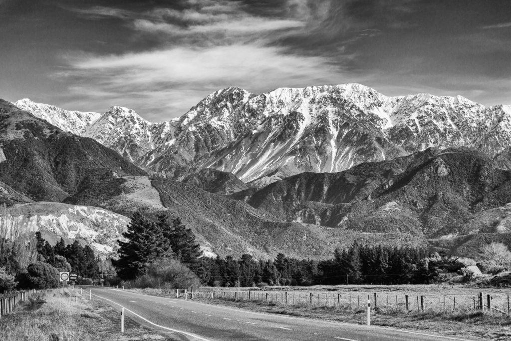 Stunning mountain scene in New Zealand